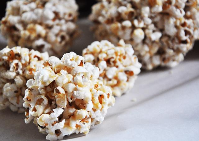 Popcorn.b