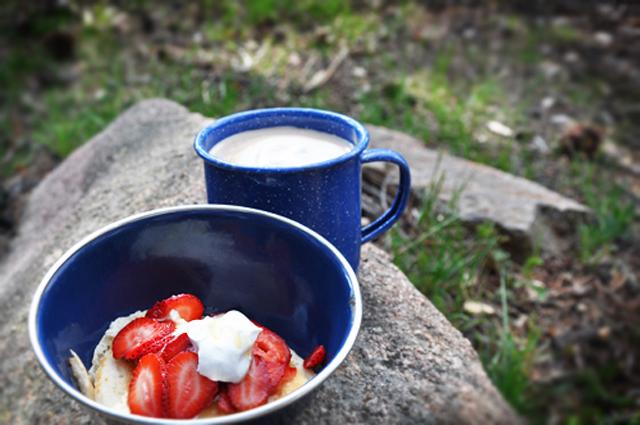 Camp.breakfast