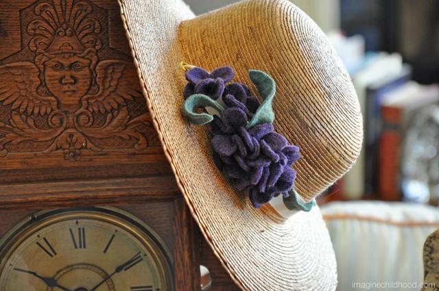 Hat.clock