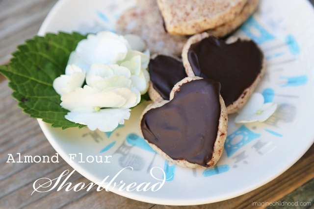 Almond.shortbread